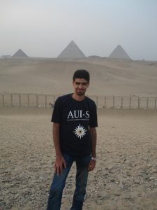 Karzan Fadhil in front of the Pyramids in Egypt
